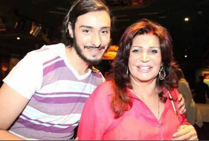 Onother picture with the legendary Nagwa Fouad